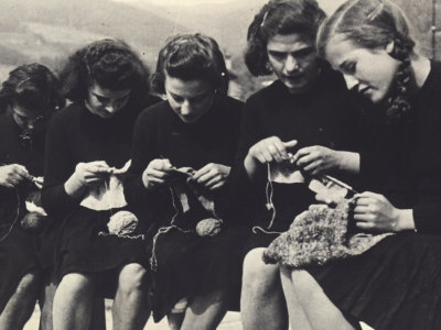 a-villani-young-women-knitting